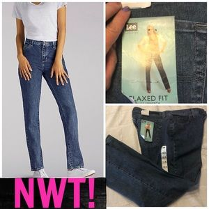 NWT! LEE RELAXED FIT STRETCH DENIM